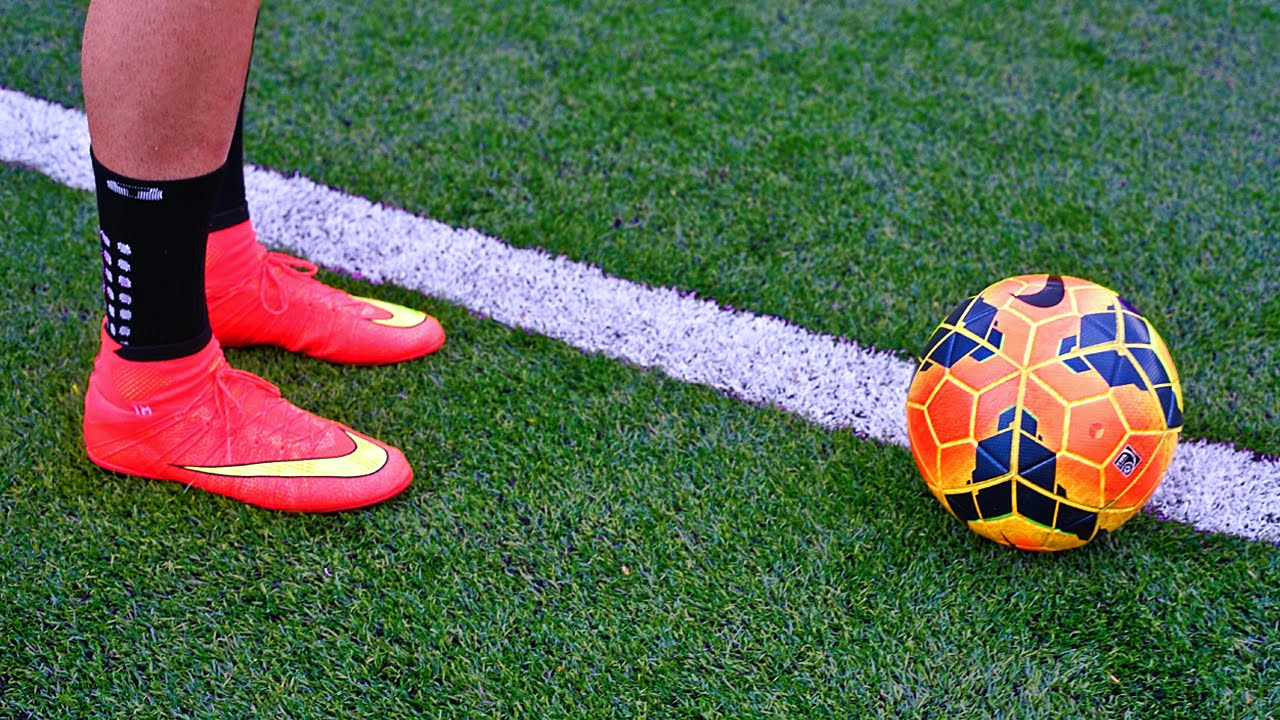 a71788ef6 Juan Mata & Ronaldinho Incredible 1st Touch Tutorial - Control A Football  Tutorial - YouTube