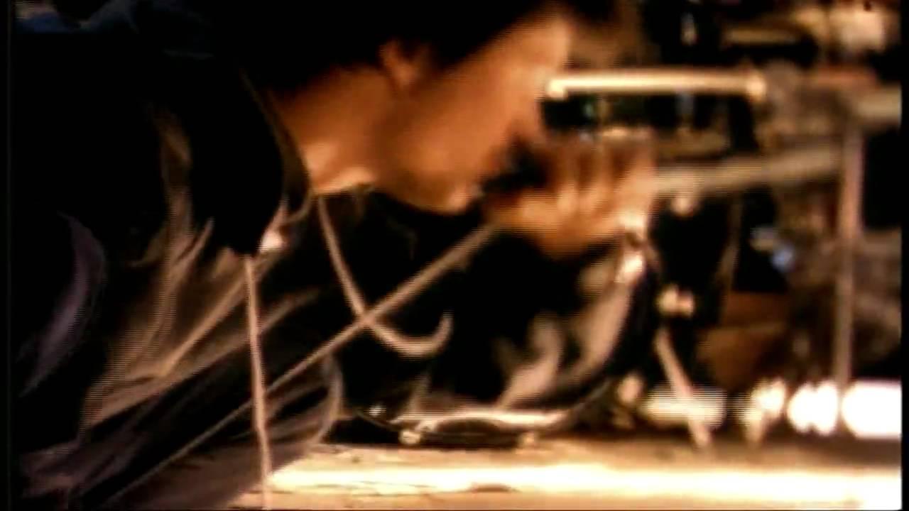faith-no-more-digging-the-grave-rockdriigo