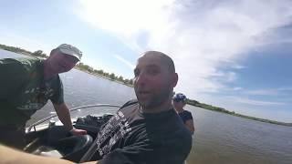 Рибалка в Астрахані великий сом