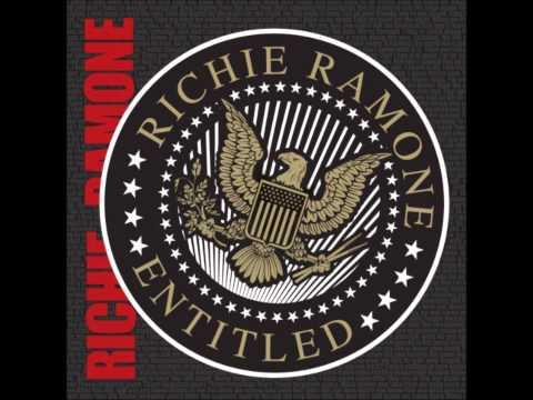 Music video Ramones - Smash You