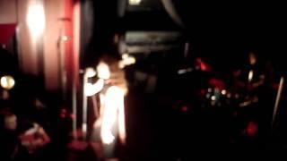 Melissa Auf der Maur - Meet Me On the Dark Side, live in Mtl, November 6th 2010