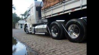 Só caminhão de elite...