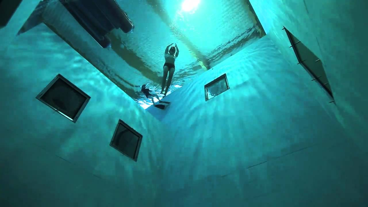guillaume n ry playing at nemo 33 deepest swimming pool in the world youtube