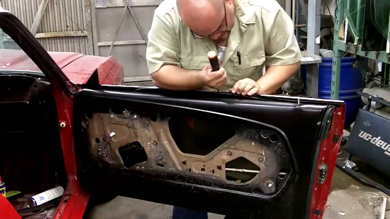 Ford Mustang Fastback >> (step 8)1967-68 Ford Mustang Fastback 1pc door glass kit (phase 8) - YouTube