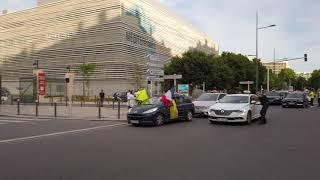 Marseille : les Taxis de l'espoir solidaires des soignants