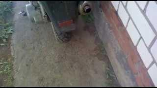 масло жрет 4 т 150куб скутер(ребята помогите скутер жет масло и дымит в видео все видно ну когда ехжу дымит хуже а сам скутер тянет норм,п..., 2013-06-11T11:00:25.000Z)