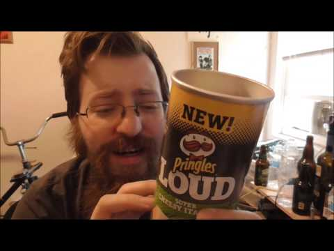 Pringles Loud Super Cheesy Italian
