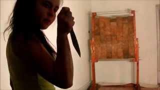 видео техника метания ножей обучение