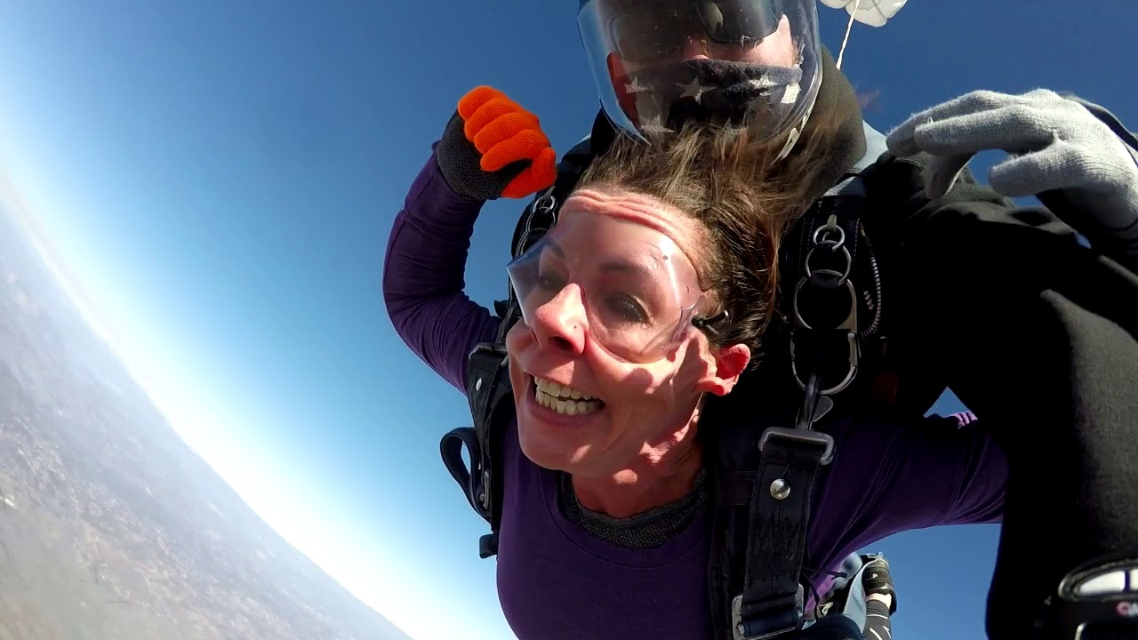 Meredith M Skydive San Diego video