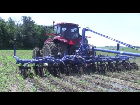 Side Dressing Corn with Manure
