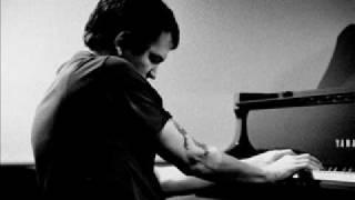 Brad Mehldau - Prelude To A Kiss