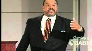 Walter Pearson - Rescued By God (Daniel And The Lions Den) Pt 1