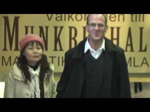 easyJet street musicians in Stockholm underground