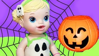 Baby Alive Gets GHOST Halloween Costume Surprise GLOW IN THE DARK Playdough Plastilina