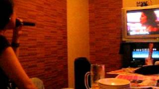 my friend is singing 優しい赤 by 福原美穂 at Karaoke.