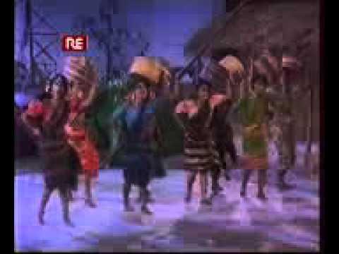 Kar Kachete Mon Bikao Ogo Nagor -Churiwala (2001) Bengali Movie  HD Song