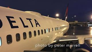 Delta Air Lines Miami to Los Angeles Boeing 737-800 First Class