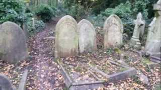A walk around Highgate cemetery
