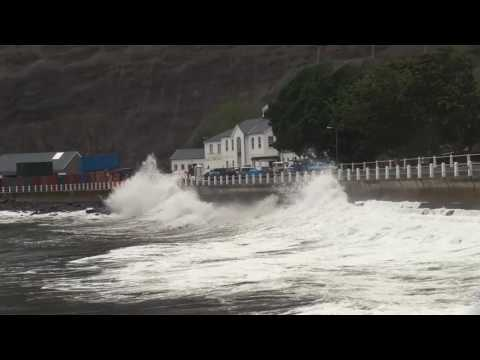 Big waves hitting St Helena Island