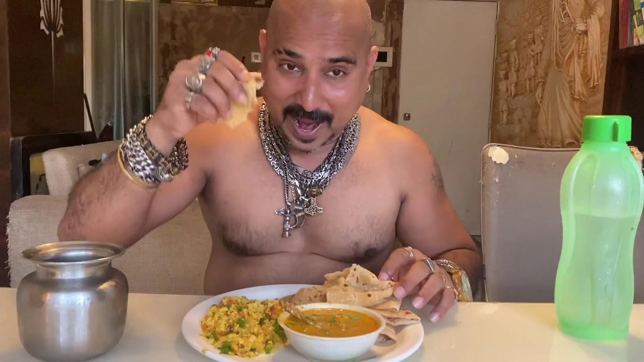 I Made First Time Egg Bhurji Itself | Egg Bhurji | Ulhas Kamathe | Chicken Leg Piece