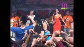 Video JANJI MANISMU NENSI & TRIAS ROMANSA LIVE BANJARAN KEBUK SPARTAN download MP3, 3GP, MP4, WEBM, AVI, FLV November 2018
