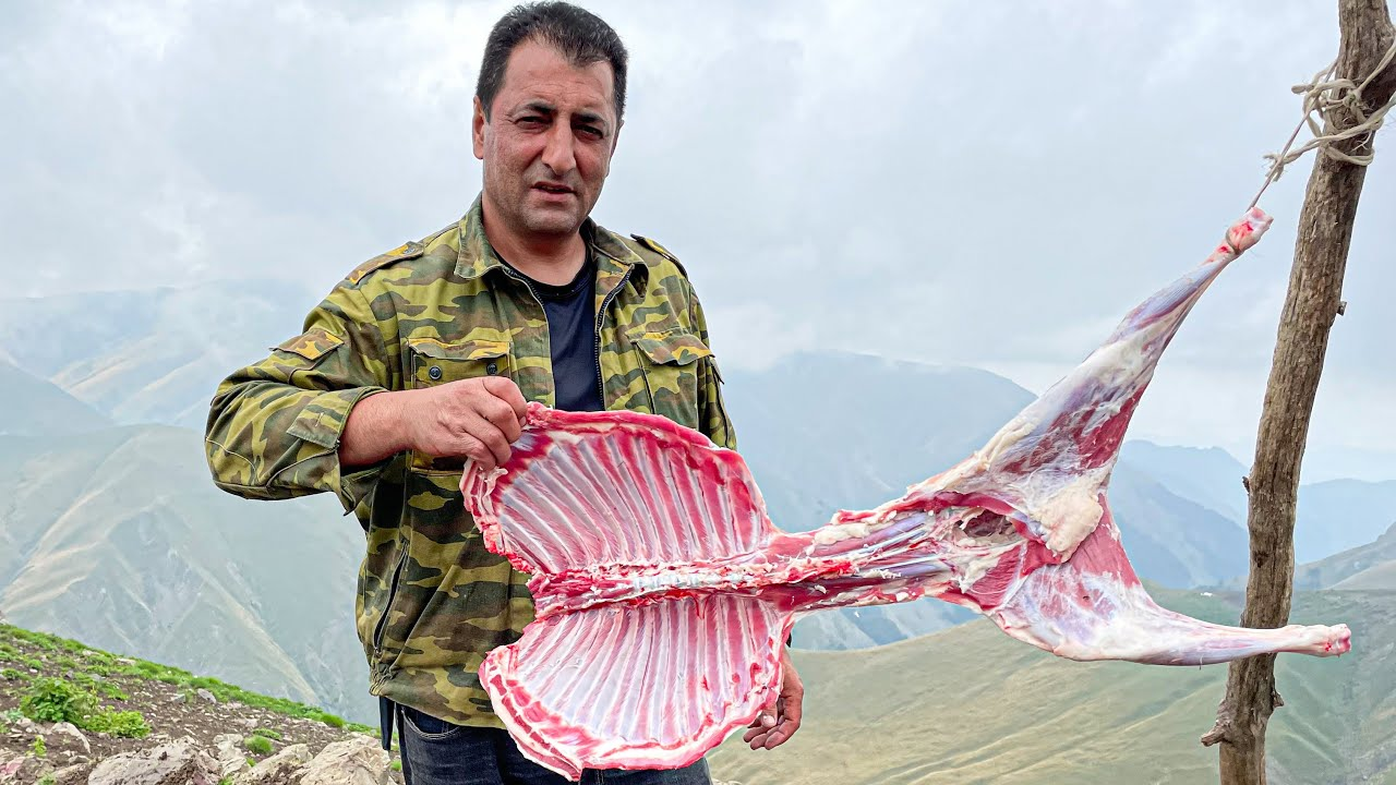 High-mountain Dinner Lamb with Shepherd! A wonderful life in the mountains