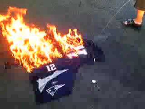 tom brady jersey burning