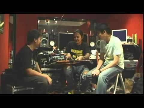 สัมภาษณ์ อ.ปราชญ์ อรุณรังสี โดย www.Guitarthai.com
