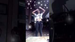 Em gái 2k3 nhảy gây nghiện