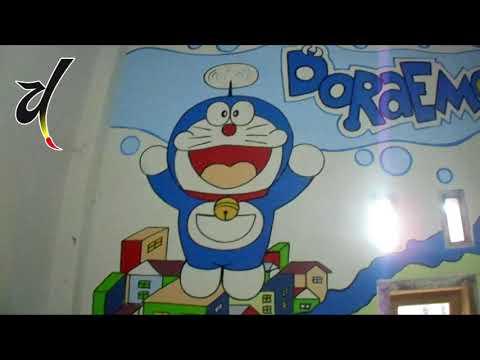 Menggambar Doraemon Terbang Di Dinding Kamar Youtube