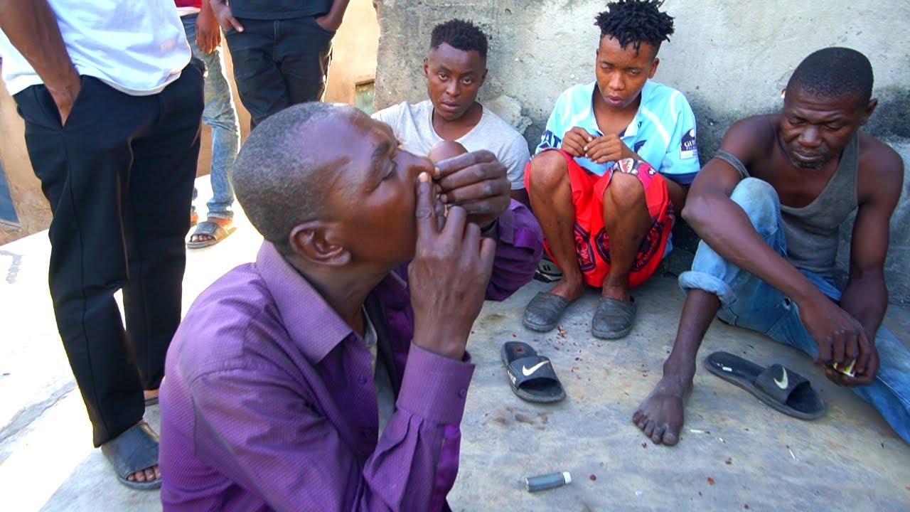 TRAG COCAINĂ ȘI ÎȘI BAGĂ ÎN VENĂ PE STRĂZI (primul loc din AFRICA în care mi-a fost FRICĂ)