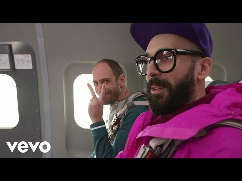 OK Go - Upside Down & Inside Out (Behind the Scenes)