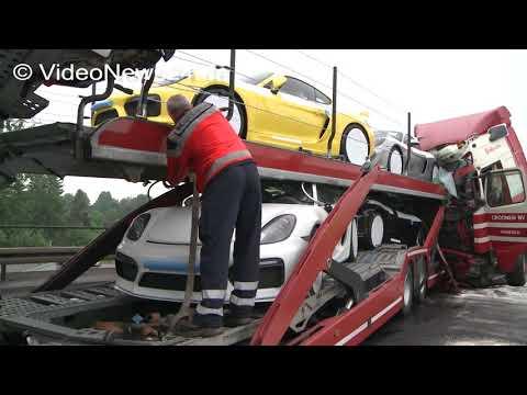 30.05.2016 - VN24 - Millionenschaden Nach LKW Unfall Auf A1 - Sieben Neue Porsche GT4 Schrottreif