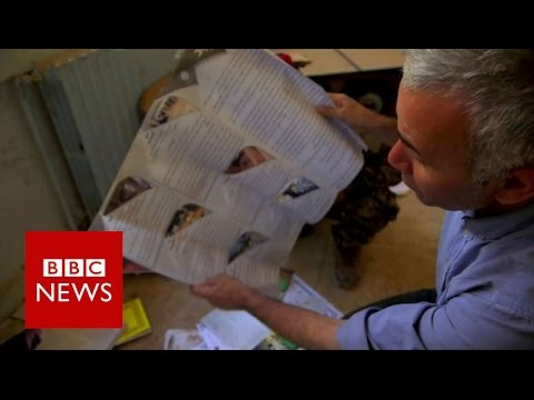 Inside 'torture cells used by IS - BBC News