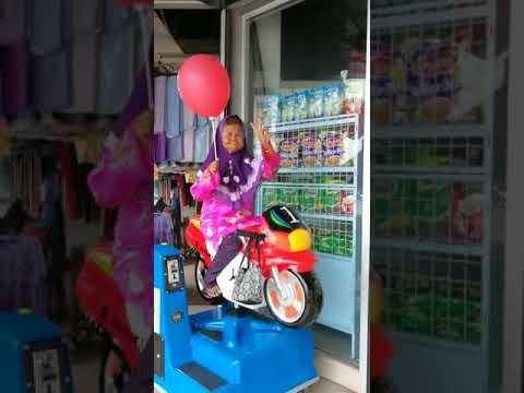 Video lucu nenek naik motor motoran