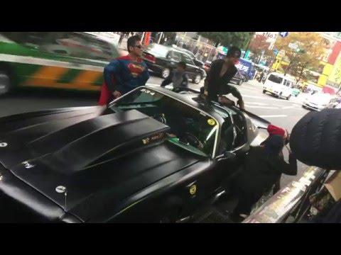 【4K】渋谷にバットマンとキャットウーマンとスーパーマンが!何の車だろう?( ^ ^ )/