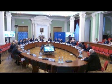 В Дипакадемии обсудили проблемы современной дипломатии