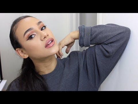 ARIANA GRANDE SIMPLE EVERYDAY MAKEUP LOOK 2018!