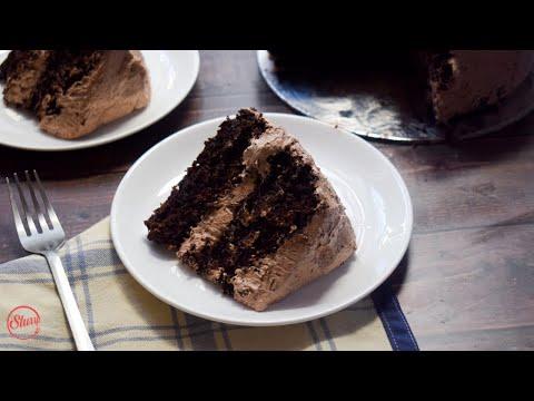 Easy Chocolate Cake | Birthday Cake | Slurrp