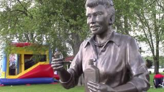 Lucille Ball statue