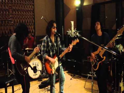 AQJ band - gitar adalah temanku (preview)