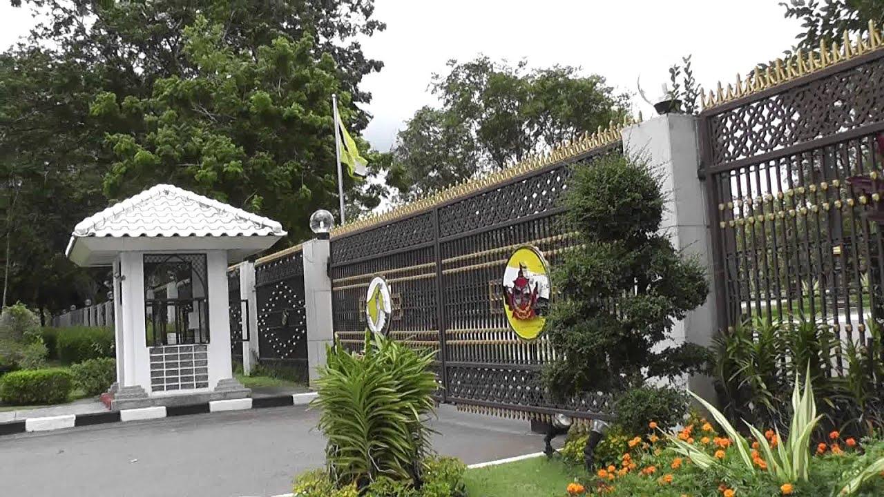 Istana Nurul Iman Palace Of The Sultan Of Brunei Youtube