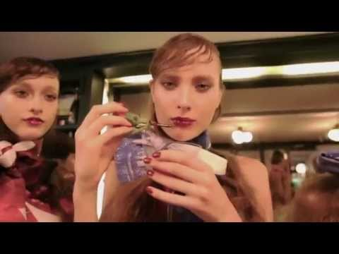 "AL'Manita SS2014 ""Gossip in salon"" Press Preview (Official Video)"