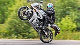 Motorcycle - Crazy Wheelies - CBR600RR rider