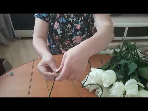 Сборка букета из живых роз в форме сердца
