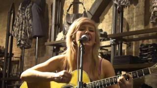 Wish I Stayed (Acoustic) -- Ellie Goulding @ All Saints SoHo NYC