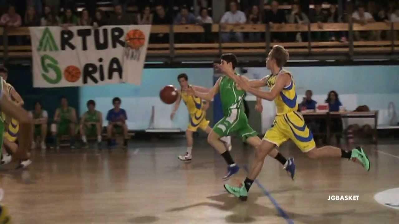 Técnica Baloncesto En Cámara Lenta Ejemplo De