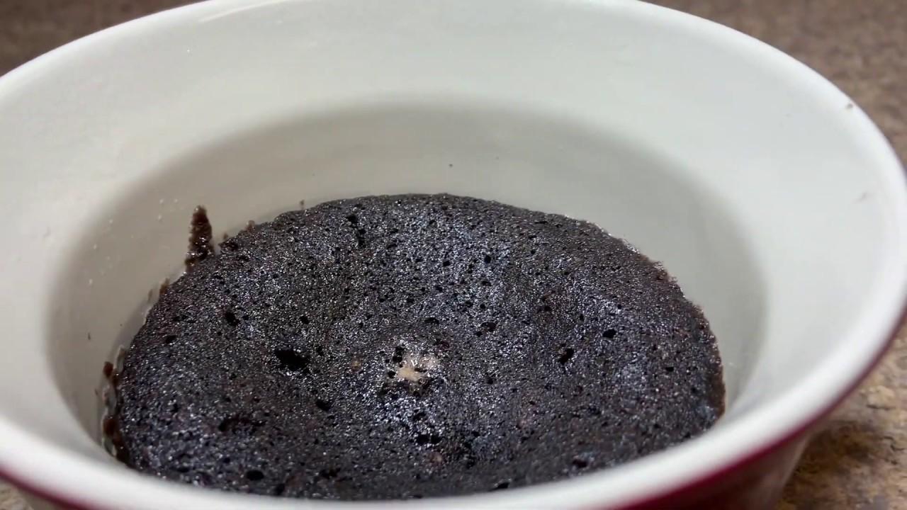 How To Make Easy Fast Mug Cake In Microwave- Lockdown ...
