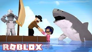 SURVIVNG THE SHARK ATTACK Roblox SharkBite