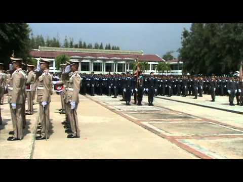 ธงชัยเฉลิมพลประจำกองตำรวจ(2).MPG